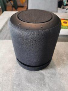 Echo Studio Vorderseite hochformat