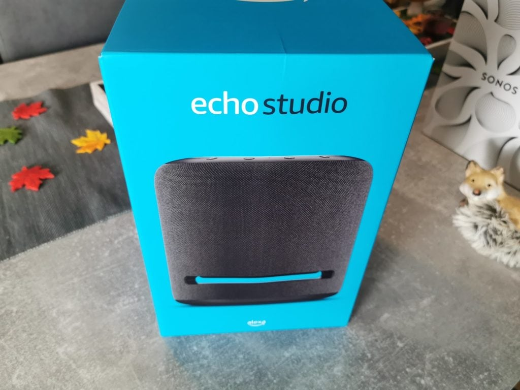 Echo Studio Verpackung vorne