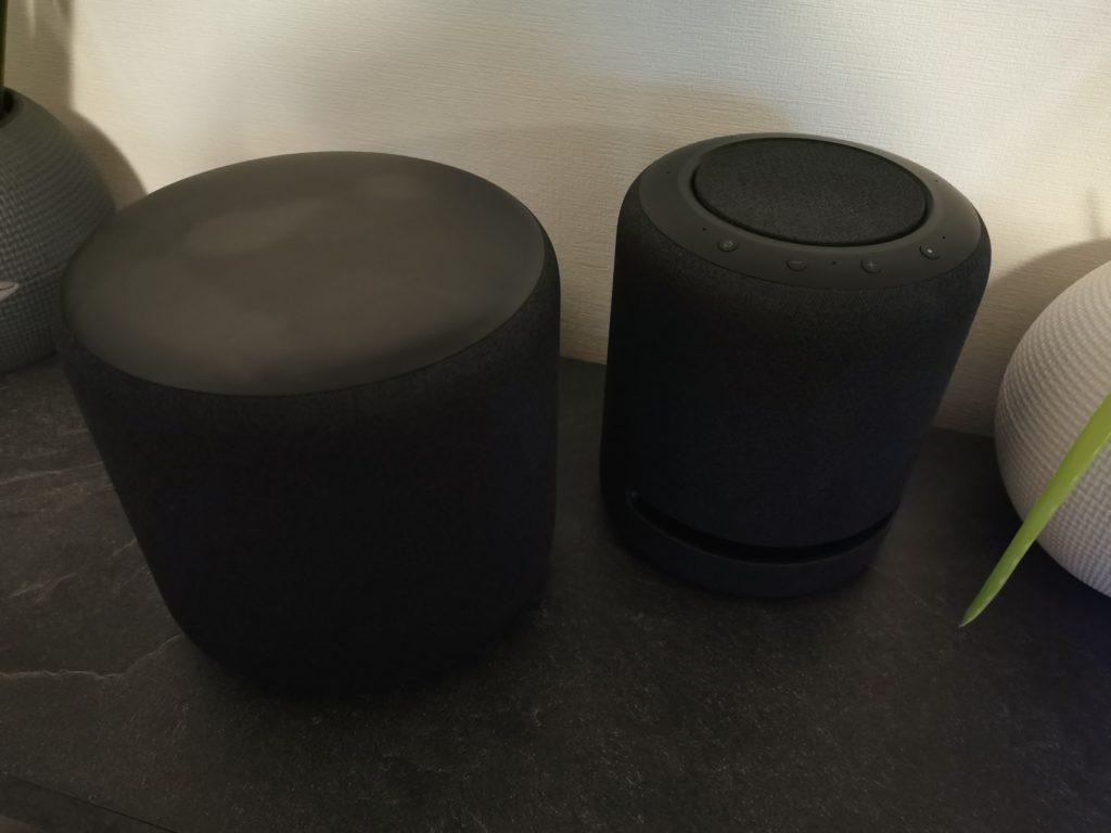 Größenvergleich Echo Sub und Echo Studio oben