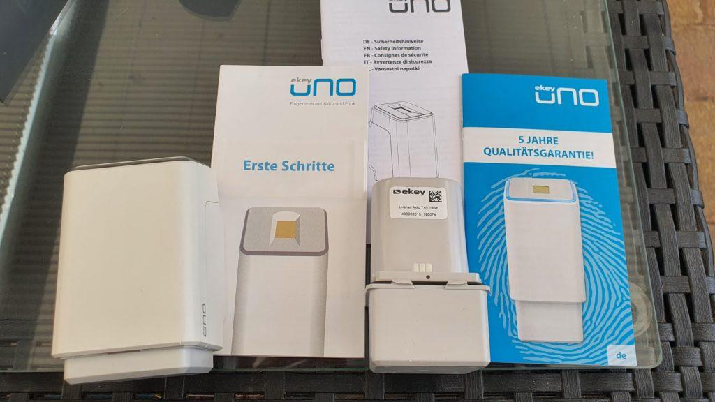 Ekey Uno smartes Türschloss mit Fingerabdruck im Test Scanner Ausgepackt