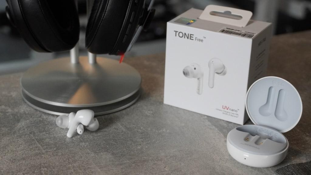 LG Tone Free im Test - Ladeschale