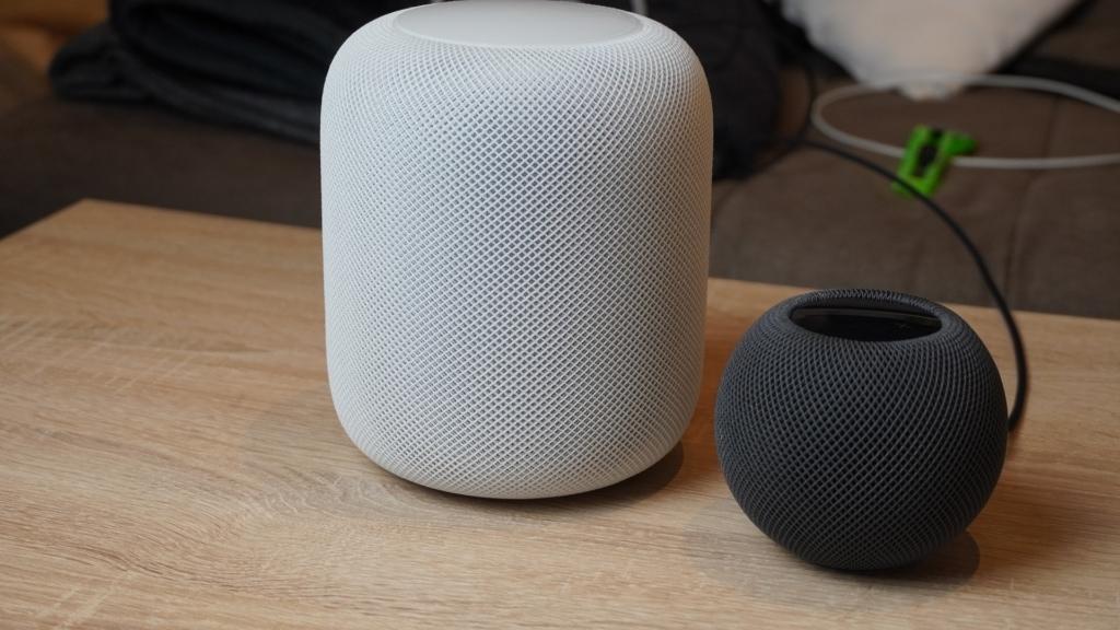 Apple Homepod Mini Testbericht Homepod Und Homepod Mini Im Vergleich Nebeneinander